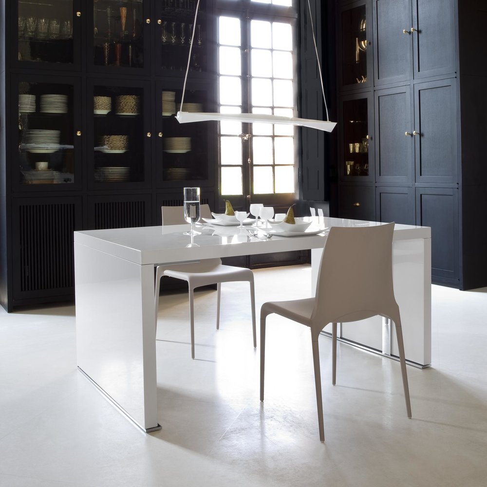 Cineline Dining Table