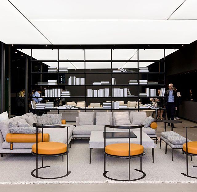 B&B Italia's debut of the 'Atoll' sofa at Milan Design Week . . . #antoniocitterio #bebitalia #atoll #walksofdesign #milandesignweek #SaloneDelMobile2018 #iSalone #madeinitaly #designerfurniture #moderndesign