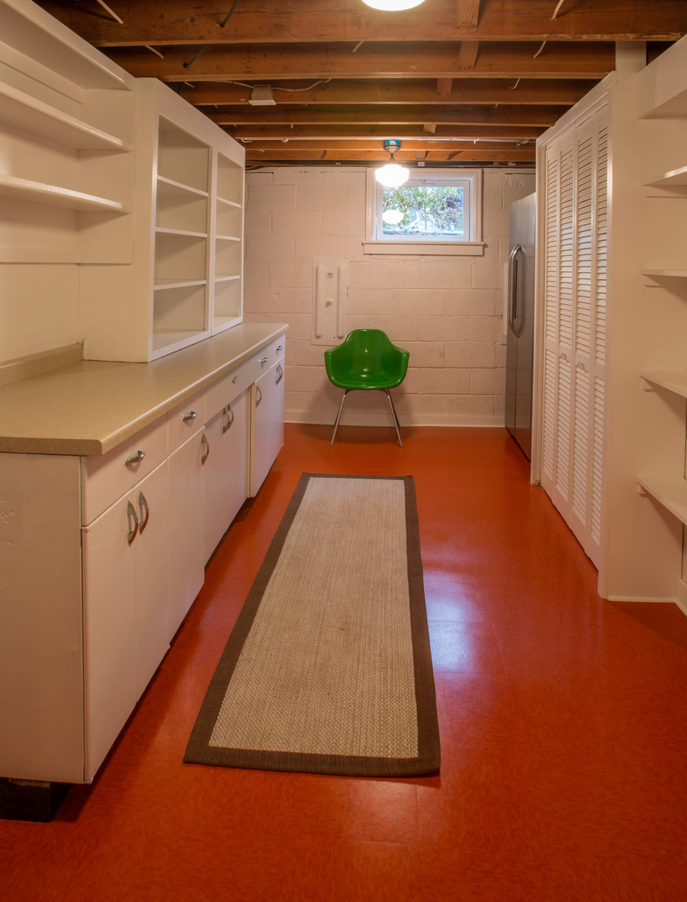 Laundry Room with re-purposed cabinets. (Photo: Kent Eanes)