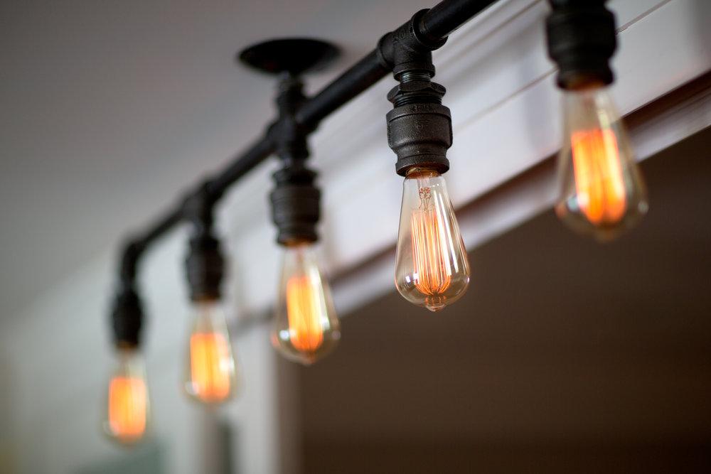 Basement Light Detail. (Photo: Kent Eanes)