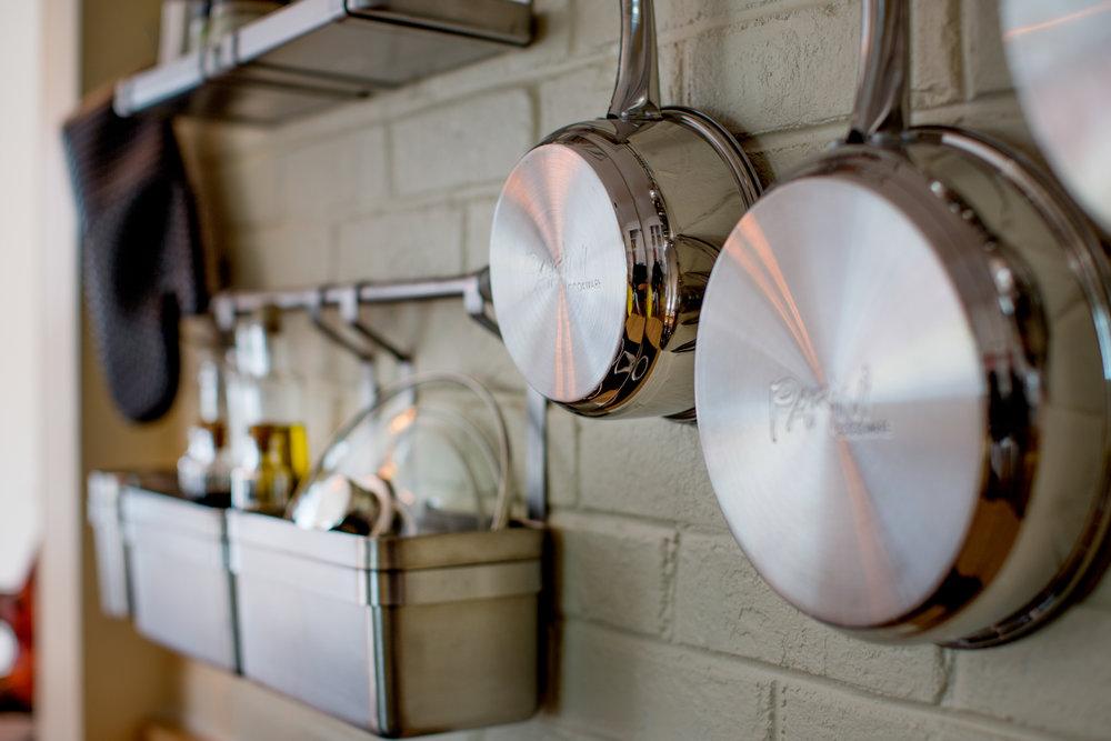 Kitchen Detail. (Photo: Kent Eanes)