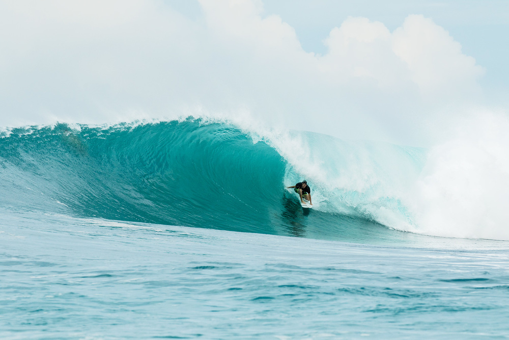 botik resort mentawais barrel 7.jpg