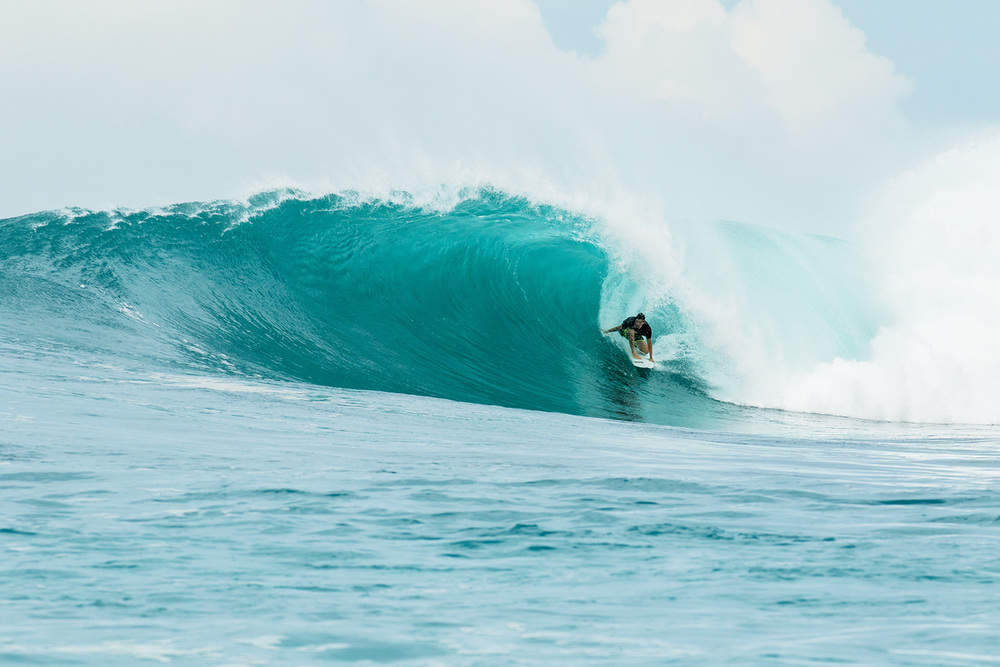 botik resort mentawais barrel 9.jpg