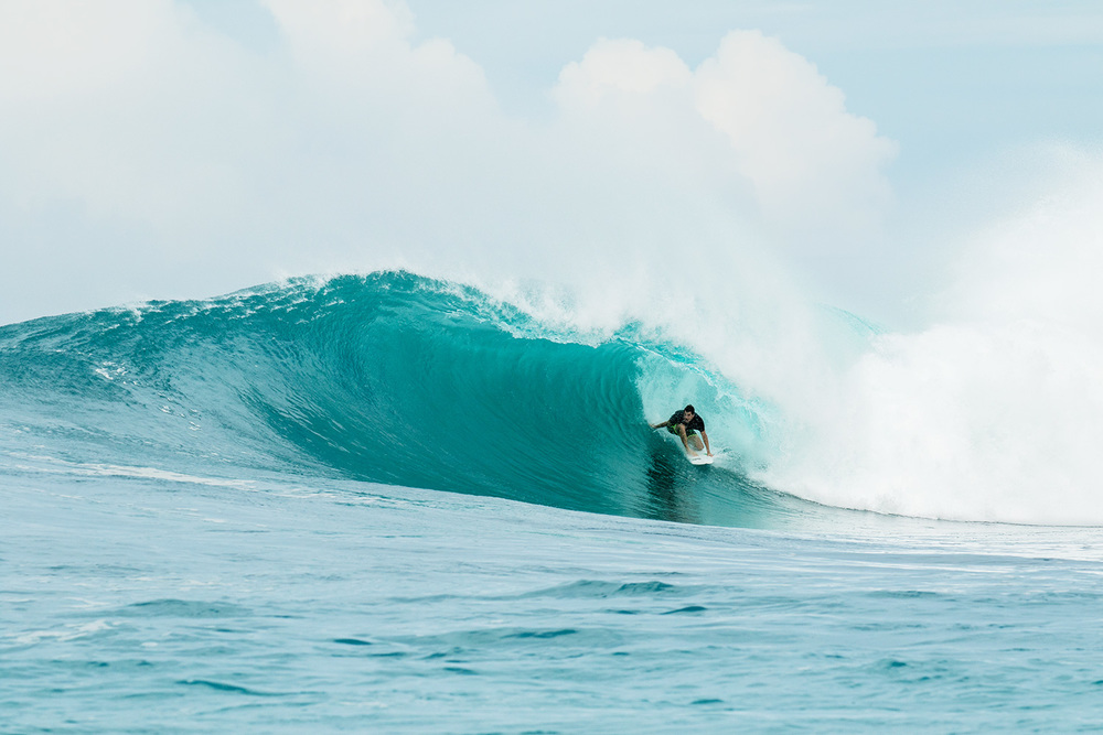 botik resort mentawais barrel 11.jpg