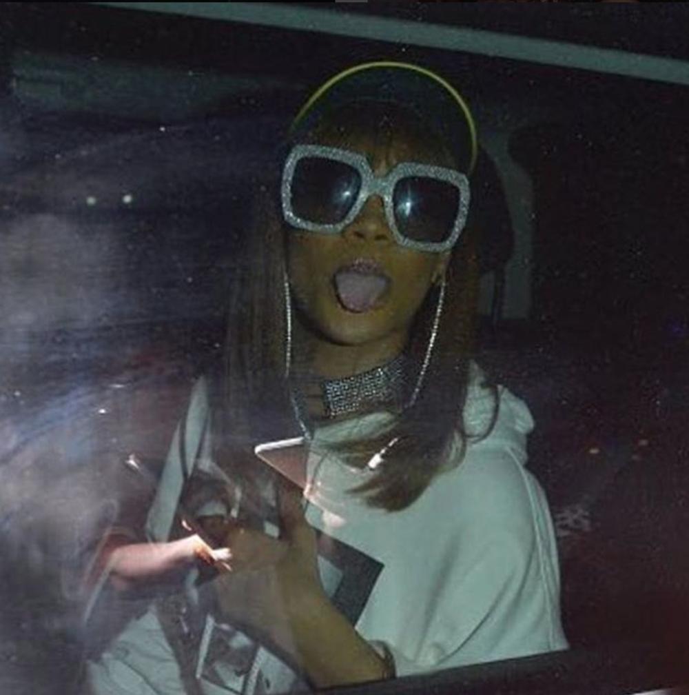 Rihanna Choker.png