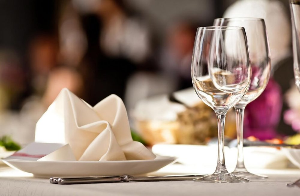 Restaurants - Discover our offers dedicated to restaurants