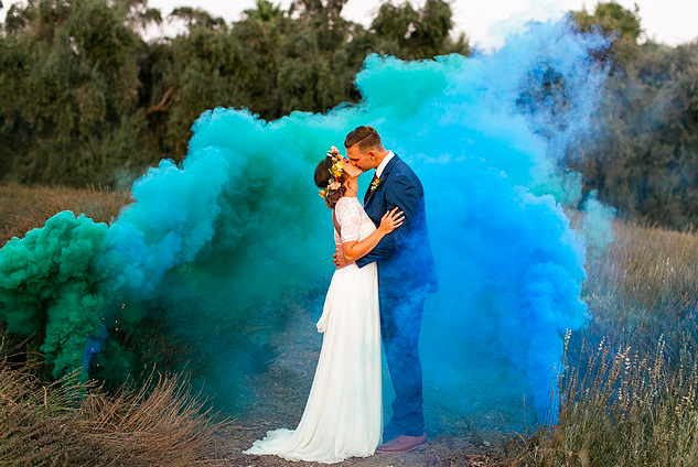 Epic photoshoot (via @greenweddingshoes)