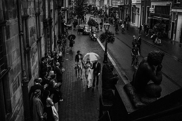 The moments before and after are the most interesting. Love all the vibes and tension during the day. Trying to pick it up and capture it. #weddingvibes #Leiden #cityhall