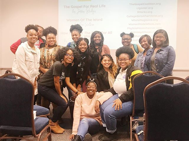 God really does bring things back full circle. Thinking back to where I was 3 years ago, to where I am now, it's only a testament that God keeps His children. — Last night I was able to teach the ladies of @pinkypromisegsu a workshop on How To Study The Bible and I'm so thankful to God for the hunger that He placed in each of them. There are times where I regularly wonder if what I do is helpful at all, but if anything, The Lord reminded me last night through those women, that this work is not in vain! Women are tired of the same ole same ole and want more. They can handle meatier things. They wanna know God rightly. And boy oh boy does that set my soul ablaze for the women who I'm blessed to encounter! — Thank ya'll for inviting me out and I can't wait to hear of how you ladies begin to utilize these tools of study as you seek to love God more with both your heart and mind! Cheers to the journey of growing more and more daily into Biblically Sound Women! God is amazing! ❤️ — • T-shirt by @solagratia.co