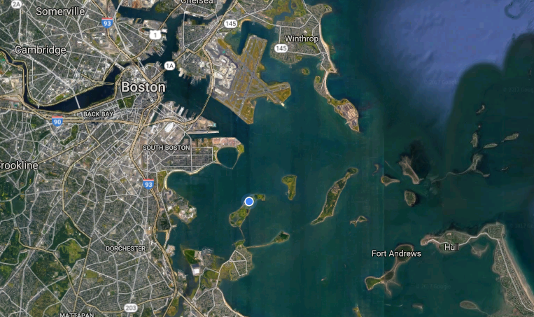Map of the harbor. I'm on the blue dot in the middle!
