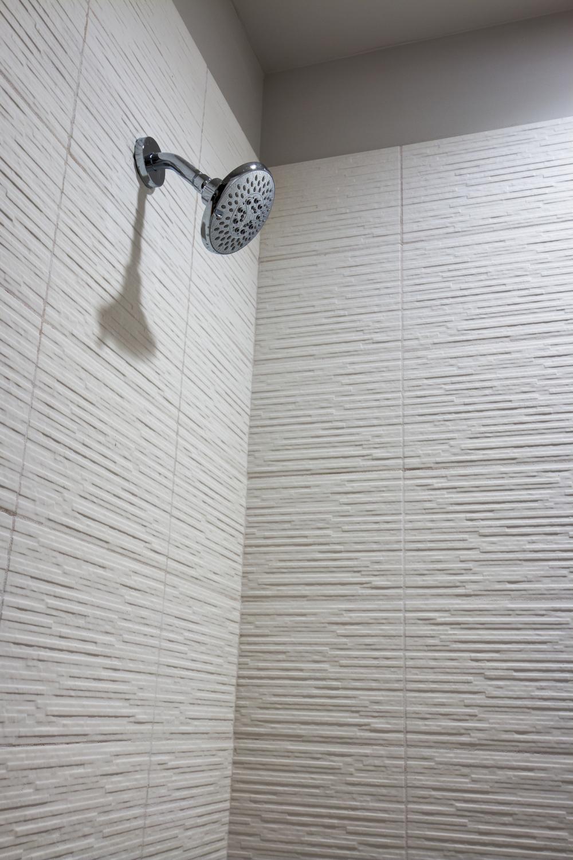 1oak_bathroom20.jpg