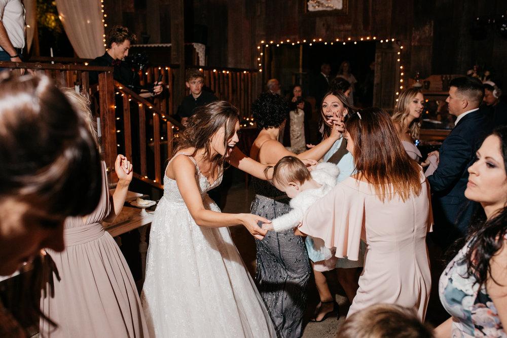Nazariy_Tanya_Wedding-110.jpg