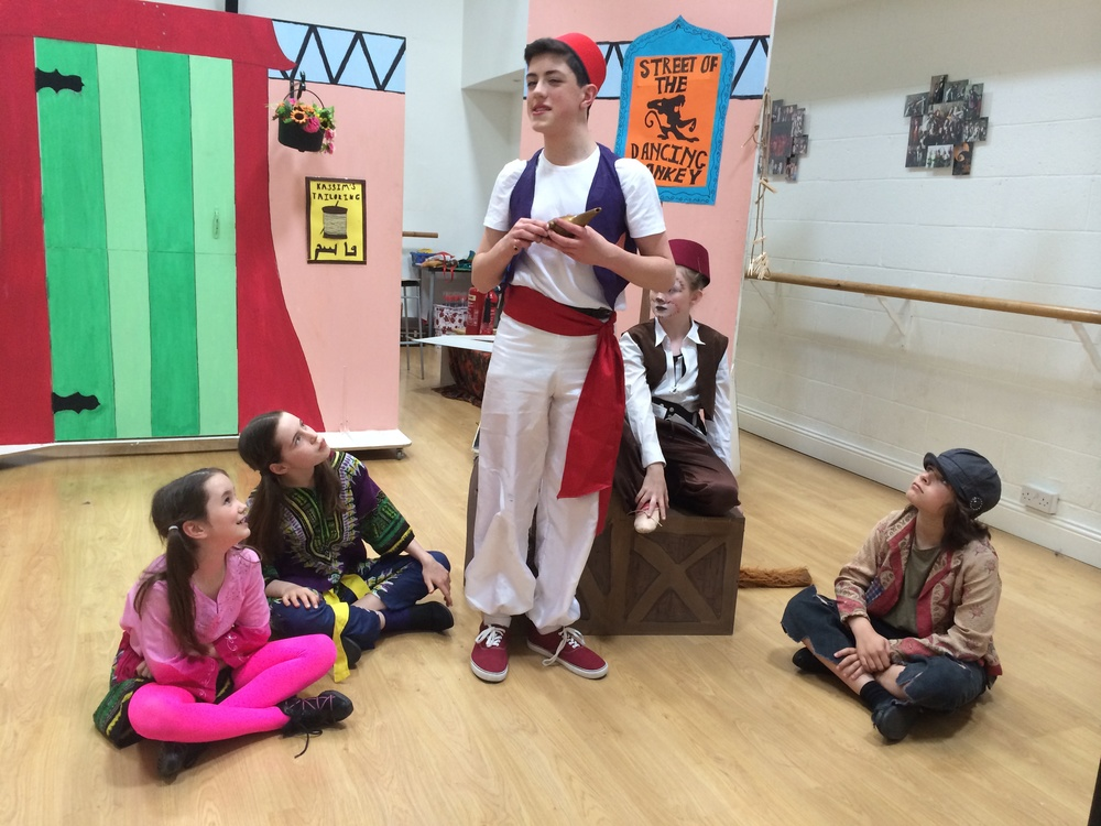Aladdin Perform.JPG