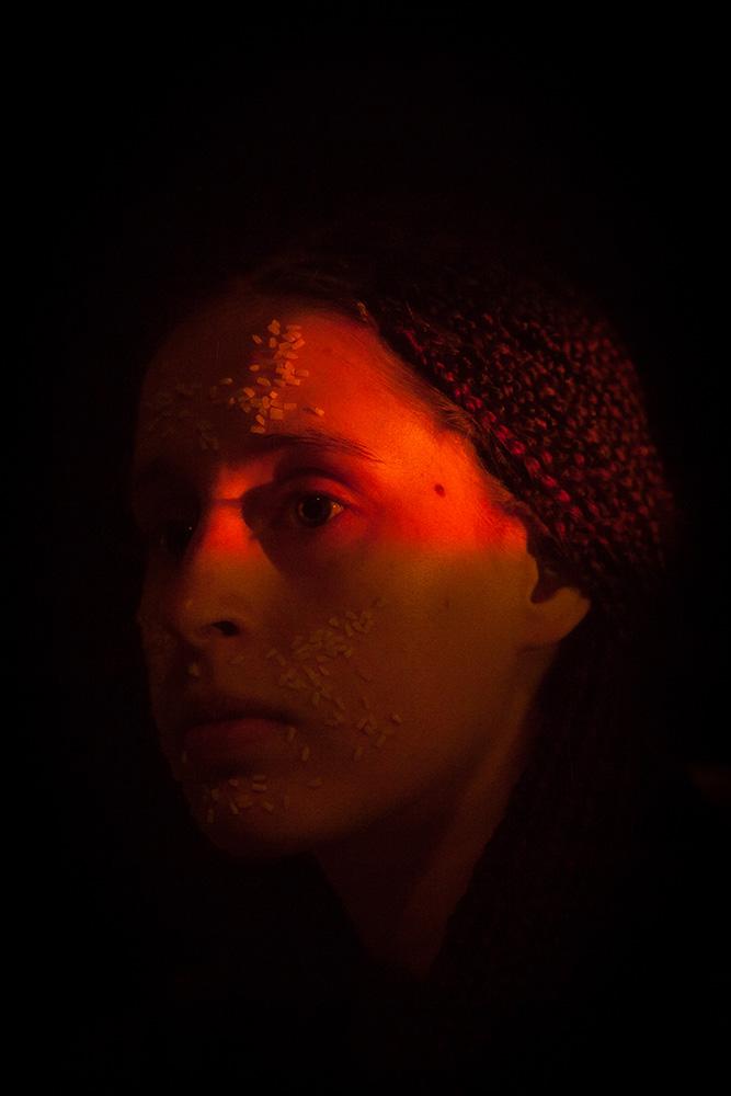 UOMA, ohjaus & koreografia: Katriina Kantola ja Elina Väänänen. Helsinki, 2016.