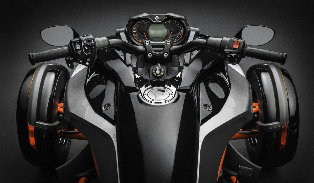 F3-S_Handlebars Rider POV_15.jpg