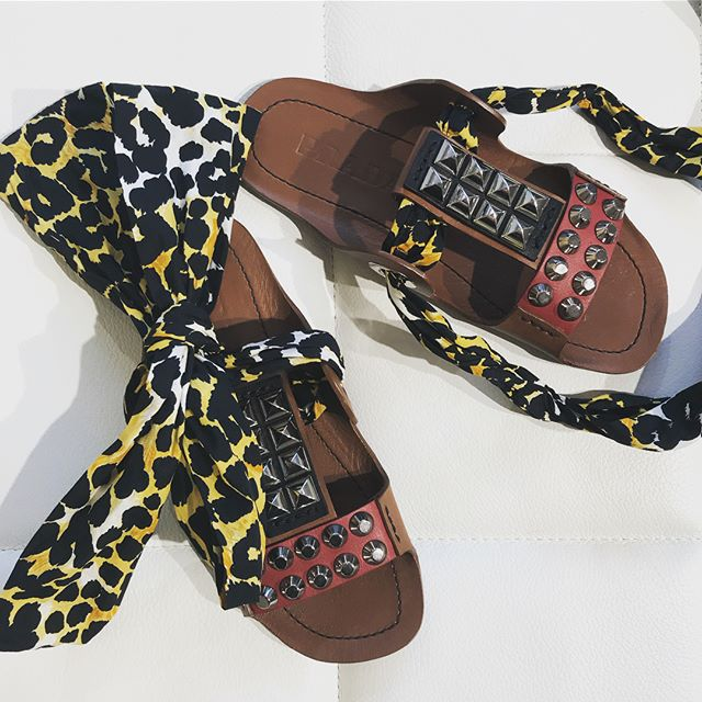 Step to the summer with these Prada's studded ribbon sandals 🐆🌿 Shop now in store!  We are open through Midsummer weekend:  Fri 22nd 10-15 Sat 23rd 11-15 Sun 24th 12-16 🌿Happy Midsummer!🌿