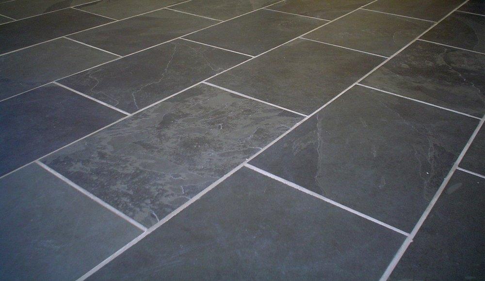 slate-tiles-photo[1].jpg