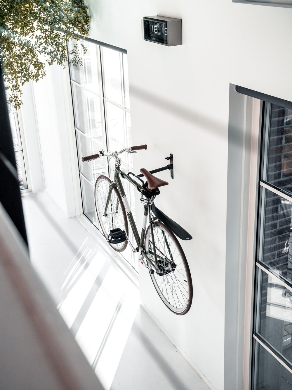 atom interior styling wall bike.jpg