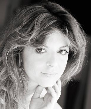 DAPHNE LEONARDI     View Bio >>>