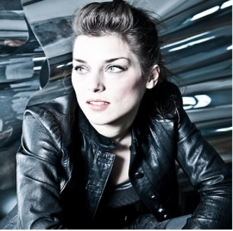SARA JANE CEcCARELLI      View Bio >>>