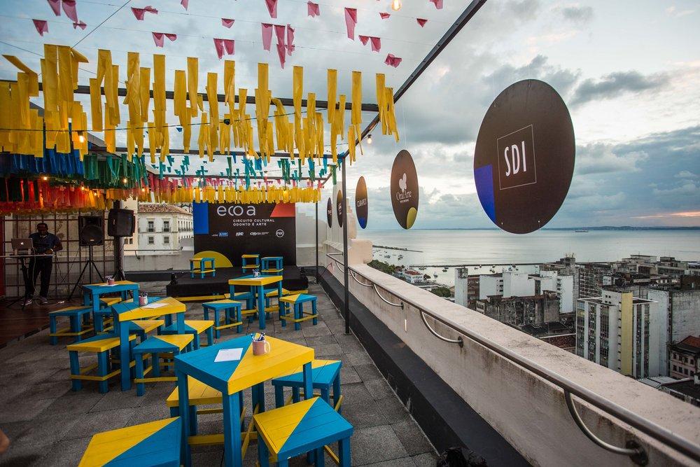 cenário ecoa com vista para Baía de Todos os Santos em Salvador