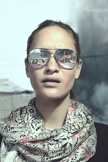 Sunglasses_female_04.jpg