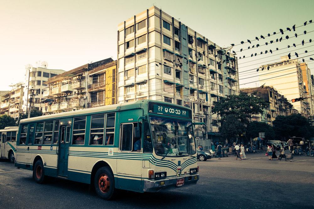 Myanmar_Bus_2.jpg