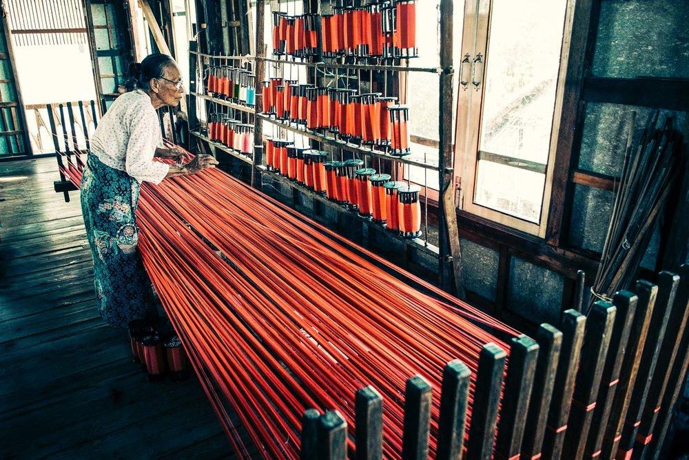 Myanmar_Thread_Woman.jpg