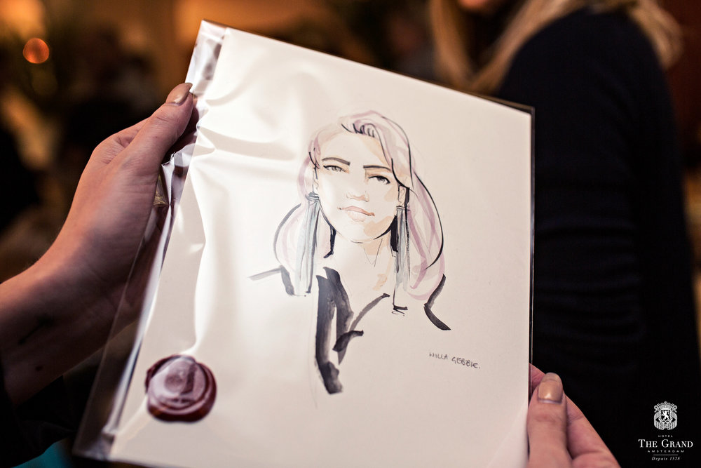 Willa Gebbie Painting Portraits at Sofitel Event.