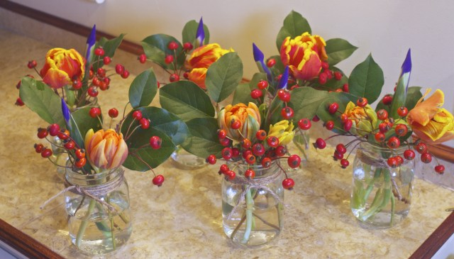 parrot tulip mixed bouquets