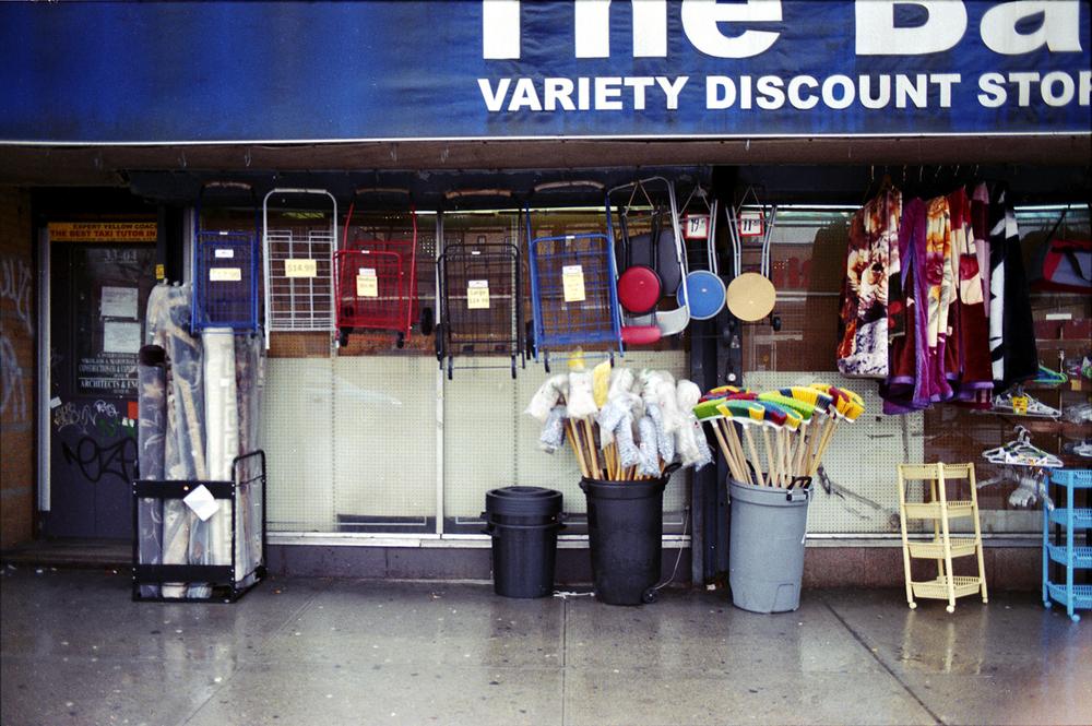 bargain_store.jpg