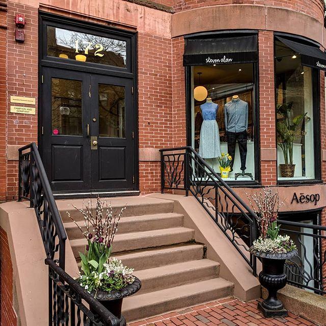 Welcome to #StevenAlanBoston. Join JP, Kayla, Dan, and Daryn as we show you around our corner of Back Bay on this #SAFieldTrip ! . #Boston #Style #Fashion #Womenswear #Menswear #OOTD #SevenAlan #StoneIsland #Junghans #ShoesLikePottery #LeBonShoppe