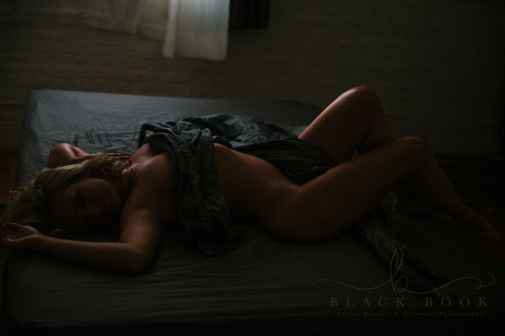 nude boudoir photography