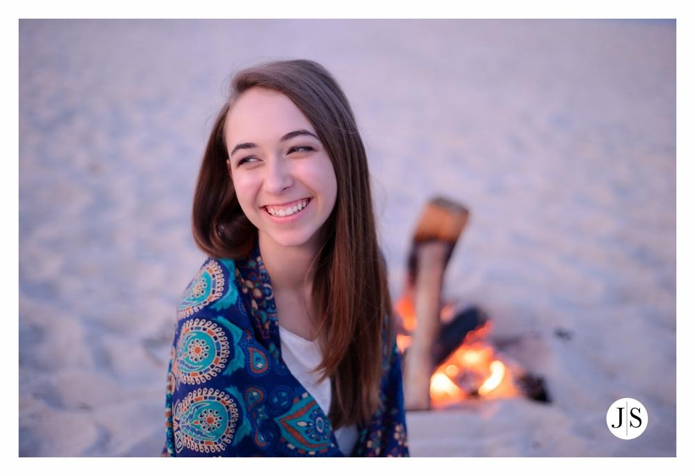 senior-portraits-assateague-maryland-beach-music-bonfire-photo 14.jpg