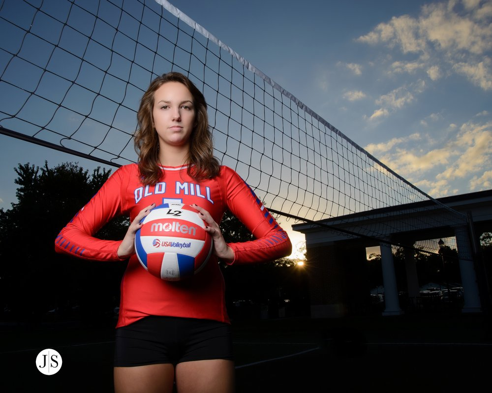 senior-portrait-salisbury-maryland-portraits-volleyball-rooftop-downtown-photo 14.jpg