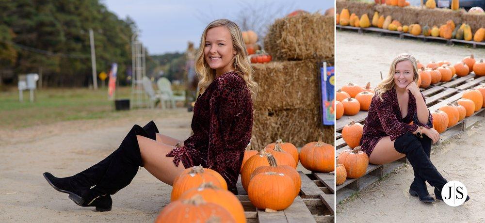 senior-portrait-pumpkins-maryland-adkins-farm-fall-portraits-modelreps-photo 4.jpg