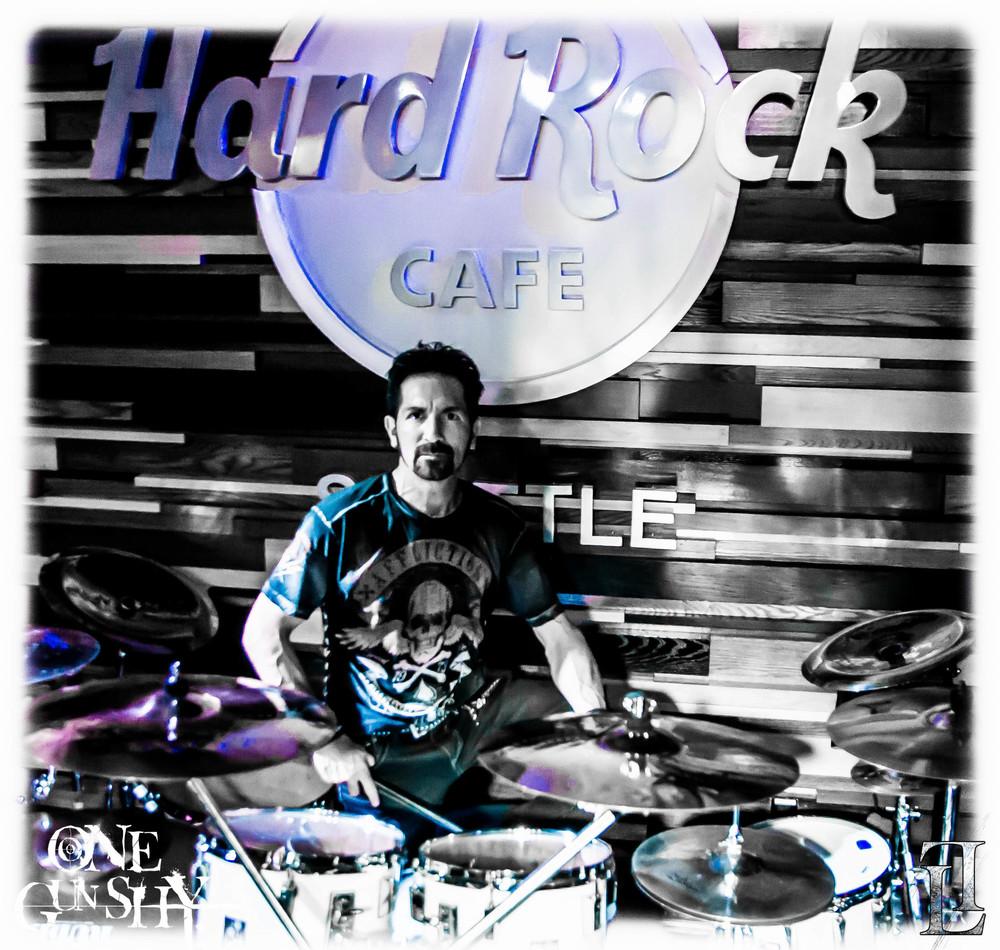 Chris At Hard Rock.jpg