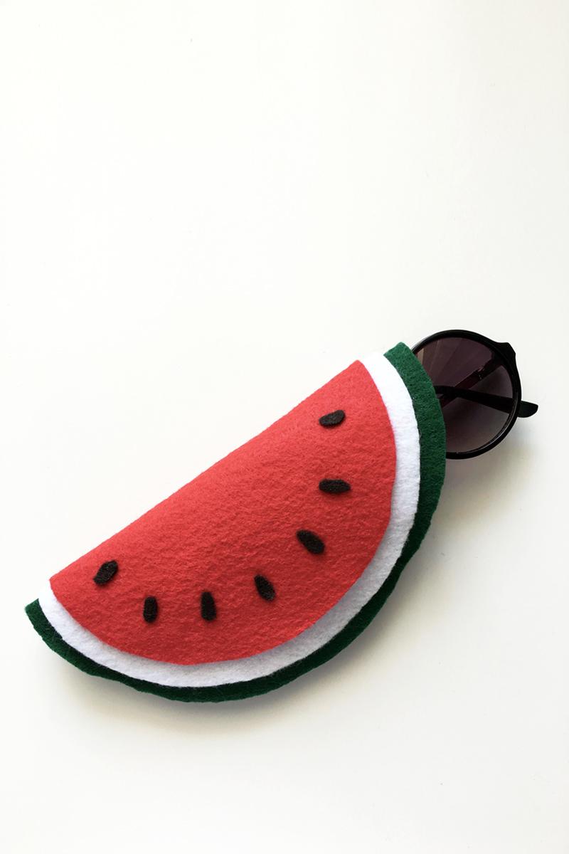 diy-watermelon-sunglass-case-02