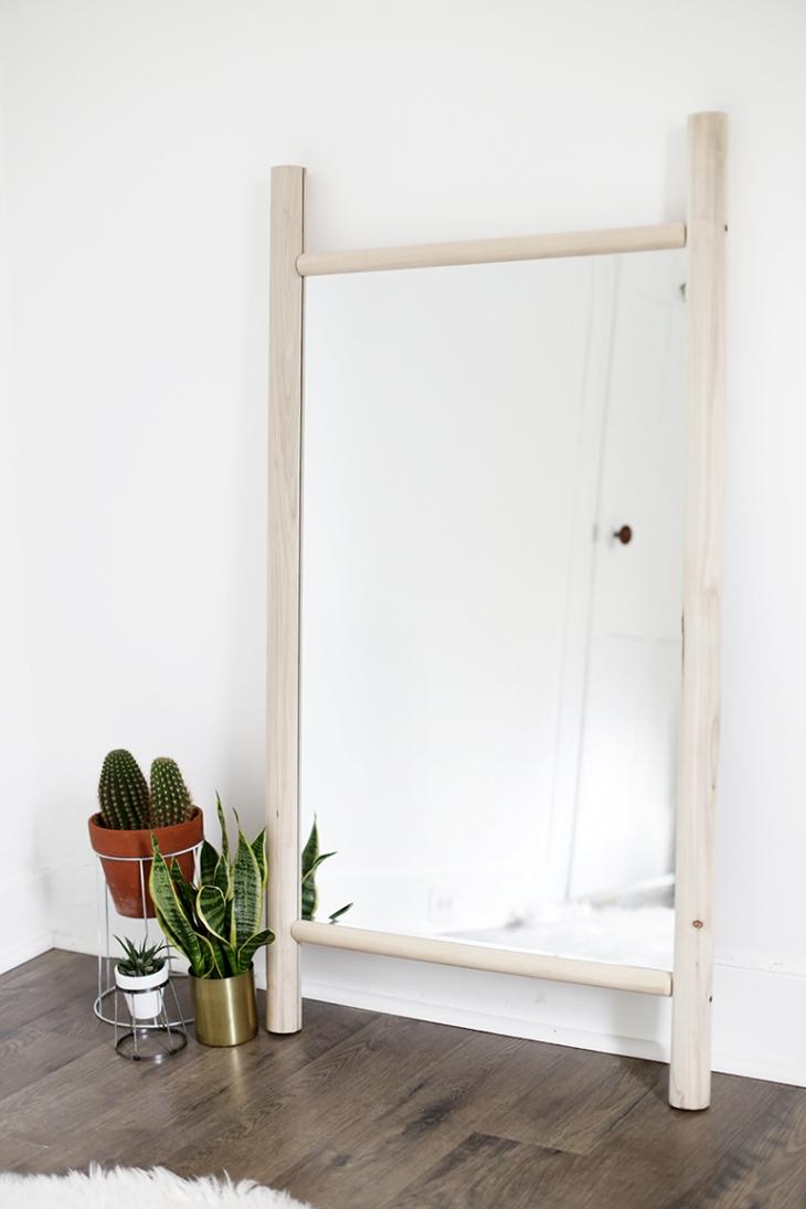52 Weeks of DIYs | DIY Dowel Mirror by The Merrythought