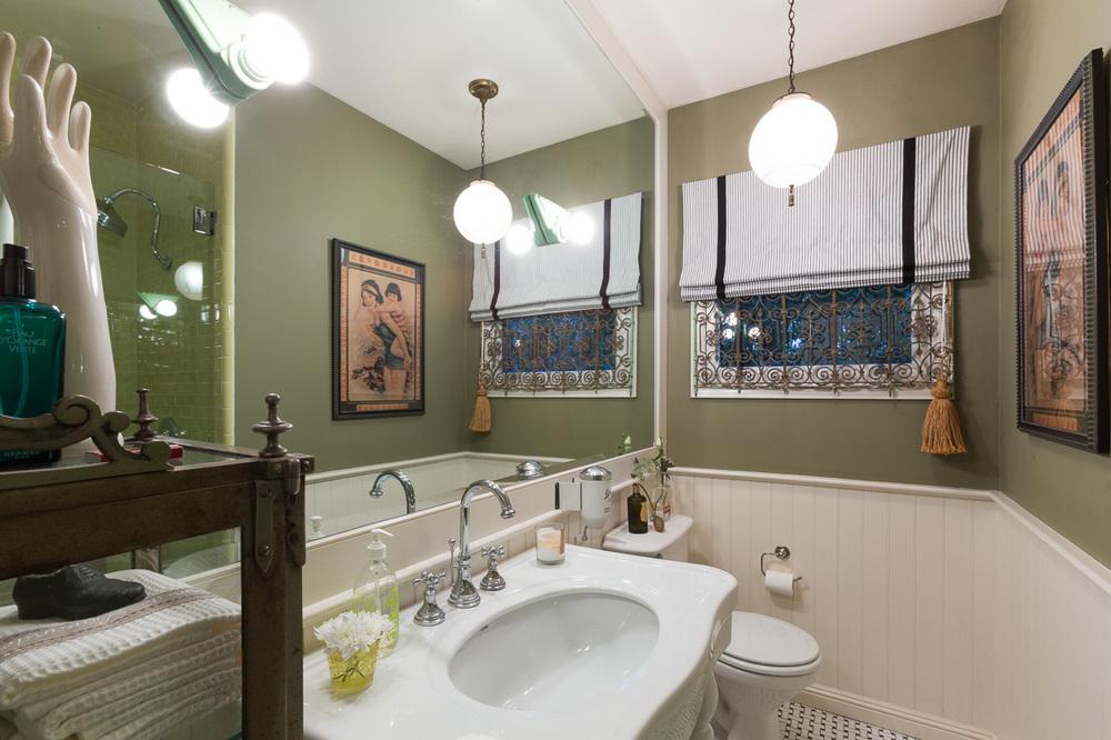 25.Detert.Bath1.jpg