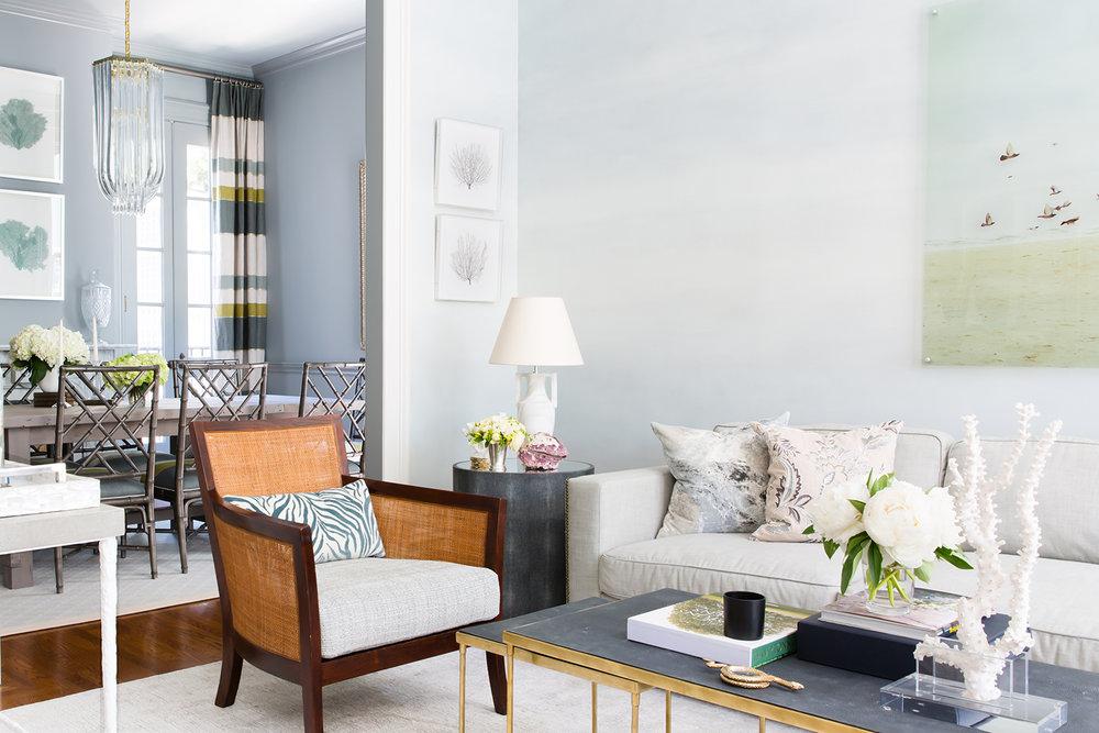 4-Living Room 2.jpg