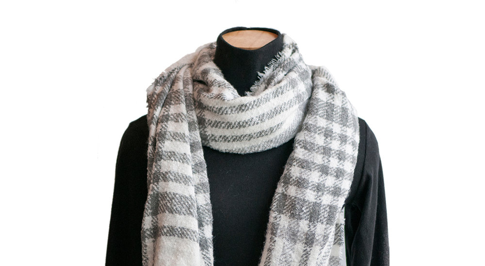 Copy of Product Photography: Sparkle Design Scarf