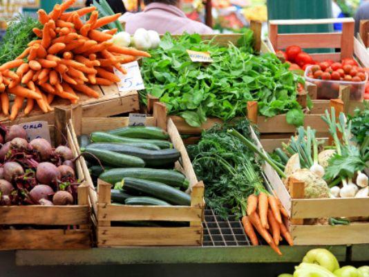635875827032533376-farmers-market-ThinkstockPhotos-187679009.jpg