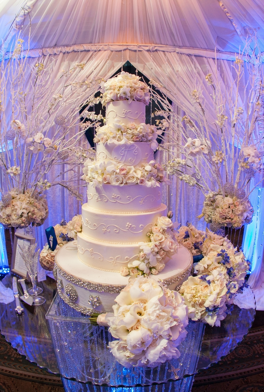 custom-wedding-cake-with-monogram.jpg