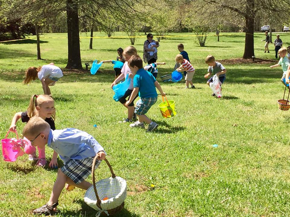 Easter Egg Hunt Park.jpg