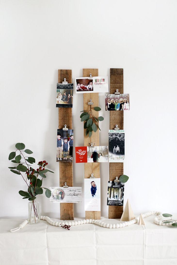 minimalistic-christmas-card-display.jpg