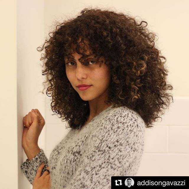 #Repost @addisongavazzi ・・・ Natural beauty  Hair by me #curls #Melvillepipino #modernsalon #getgavazzied @melvillepipino #longlayers #hair