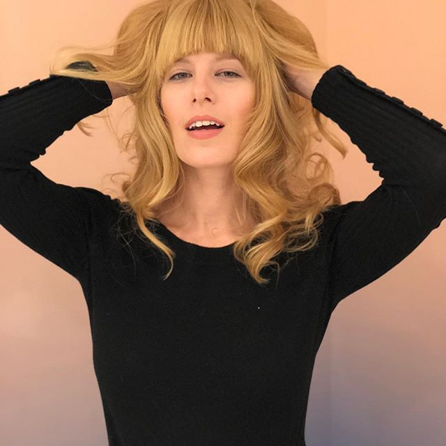 Check this pretty young Brigitte Bardot look alike @alix_brown. Hair by @ricpipino strong bangs and sexy layers and finishing with a large barrel curling iron for texture. #nycstylist #strawberryblonde #sexyhair #melvillepipino #hair #longlayers #besthaircut @barbeautenyc #bridgittebardot #bangs