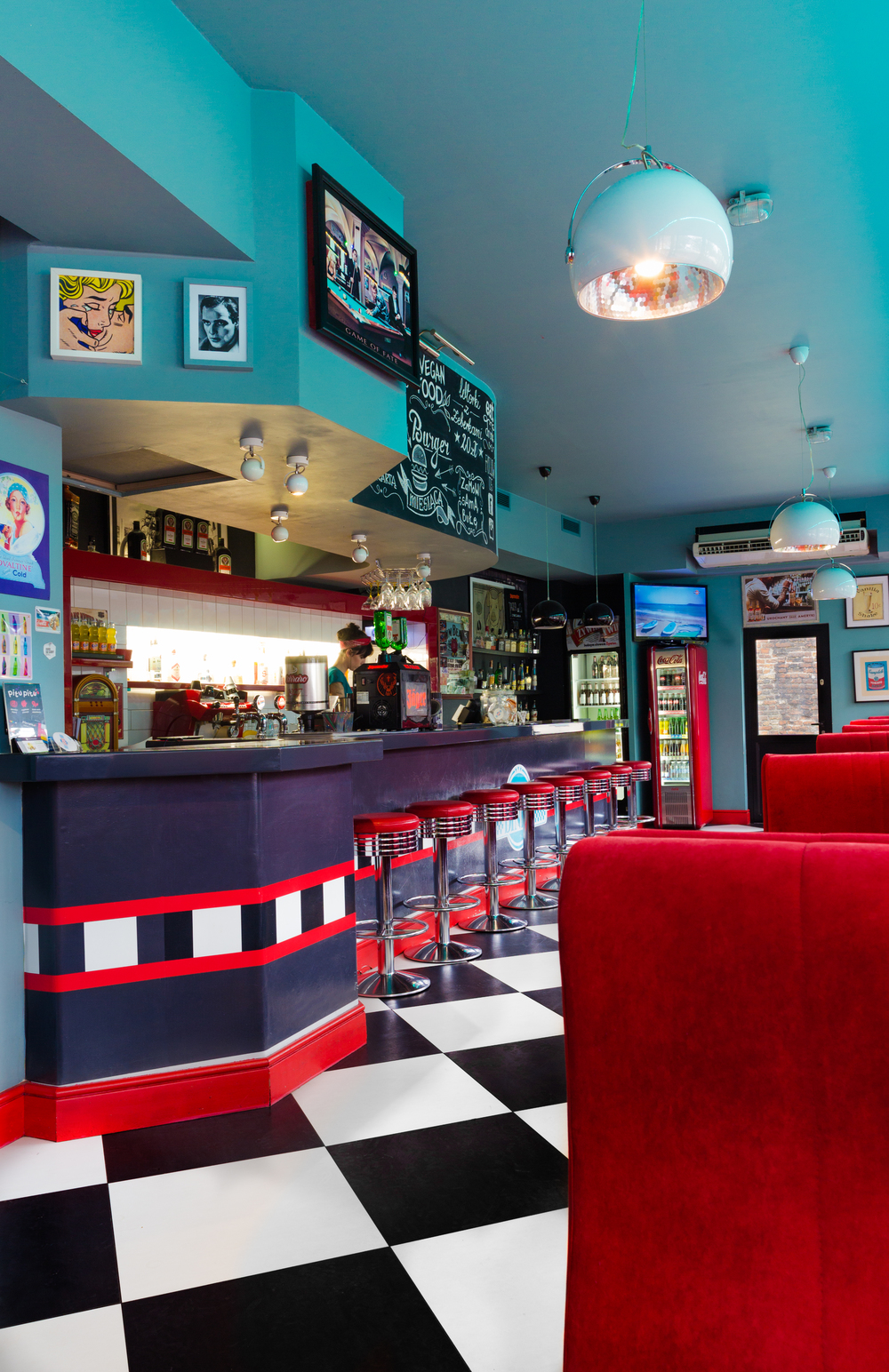 Casino Diner Snapshopped 2.jpg