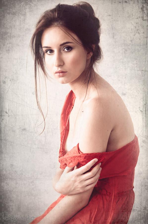 Model: Kalina Głowacka  MUA: Małgorzata Abramowicz